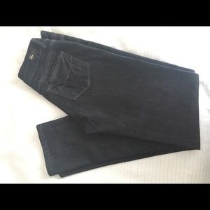 Like new Paige dark rinse jeans